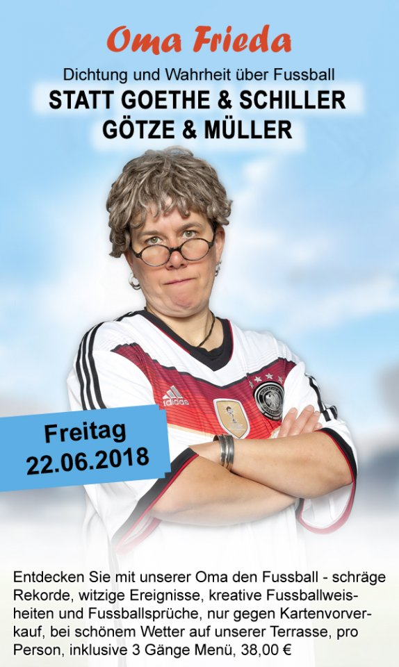 Oma_Frieda_Fussball.jpg